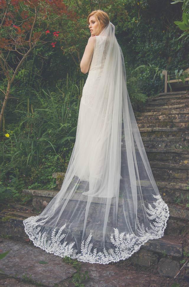 Caroline-Arthur-Bridal-Joyce-Jackson-Camden-veil