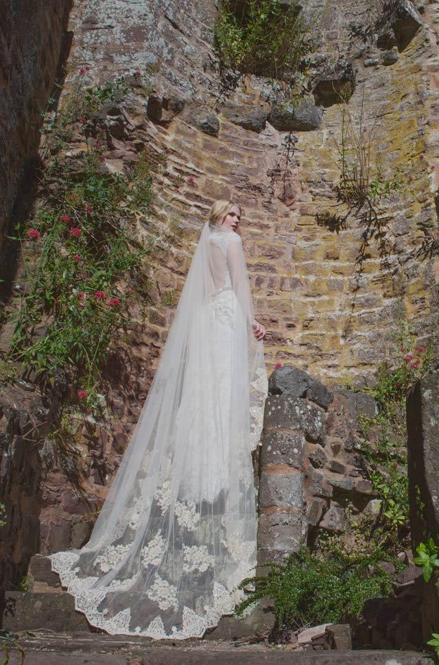 Caroline-Arthur-Bridal-veil-Joyce-Jackson-Windsor-2